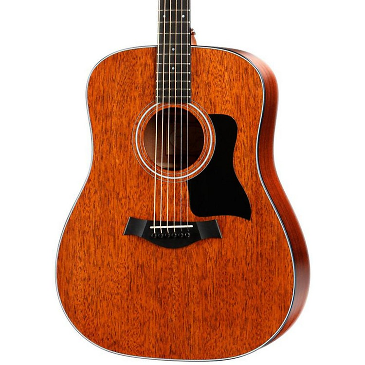 Taylor 320 Dreadnought Acoustic Guitar Sapele Back/Sides Mahogany Top