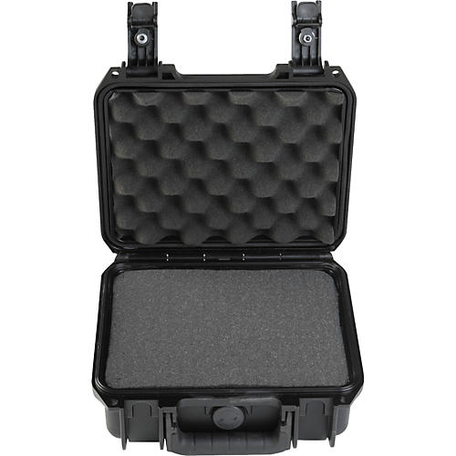 SKB 3i-0907 Mil-Standard Waterproof Rolling Case 4 in. Cubed Foam