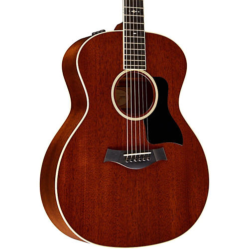 Taylor 500 Series 524e Grand Auditorium Acoustic-Electric Guitar