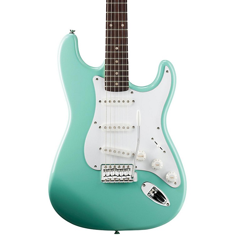 SquierAffinity Stratocaster Electric Guitar with Rosewood FingerboardSurf GreenRosewood Fingerboard