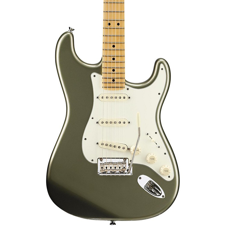 Fender American Standard Stratocaster Electric Guitar with Maple Fingerboard Jade Pearl Metallic Maple Fingerboard
