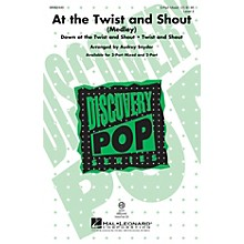 Hal Leonard At the Twist and Shout VoiceTrax CD by Mary Chapin Carpenter Arranged by Audrey Snyder