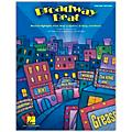 Hal Leonard Broadway Beat - Musical Highlights from Over a Century of Song and Dance Classroom Kit