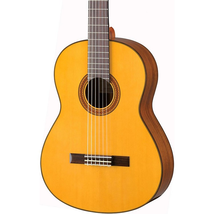 Yamaha CG162S Spruce Top Classical Guitar Natural