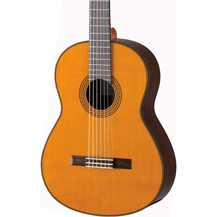 Yamaha CG192C Cedar Top Classical Guitar Natural