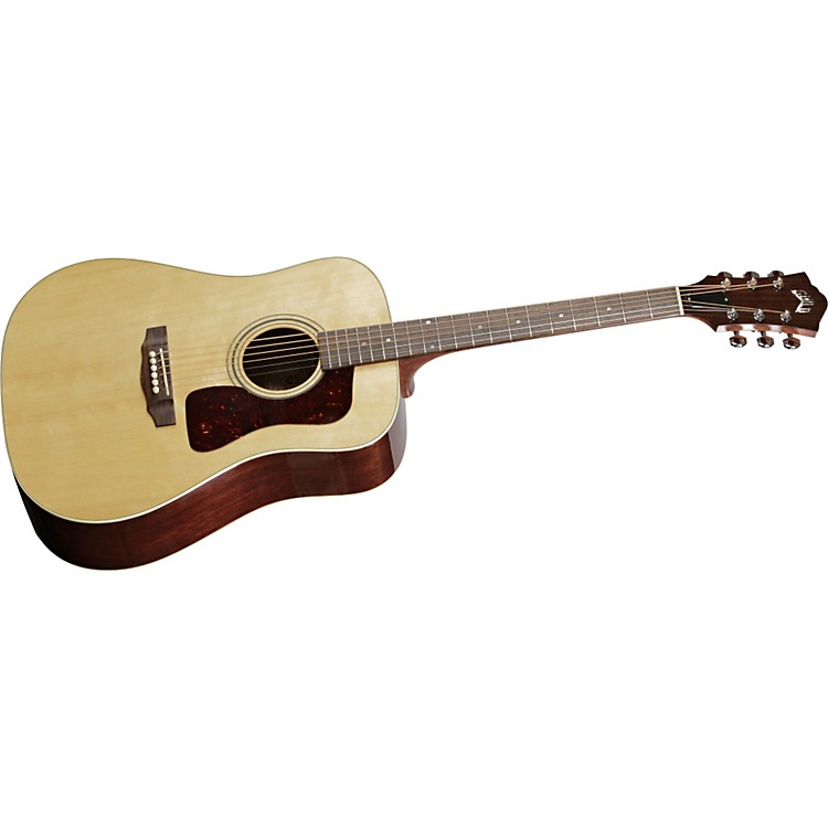 GuildD-40 Standard Acoustic Guitar