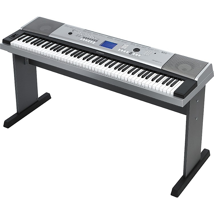 YamahaDGX520 88-Key Portable Grand Keyboard