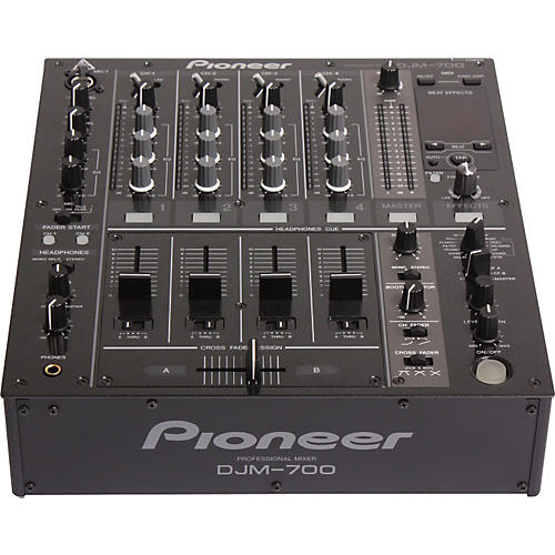 Pioneer DJM-700 4-Channel Digital DJ mixer with Effects