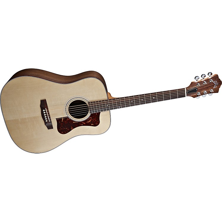 Guild DV-6 Acoustic Guitar