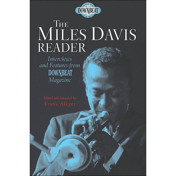 Hal LeonardDownbeat Hall Of Fame Series The Miles Davis Reader