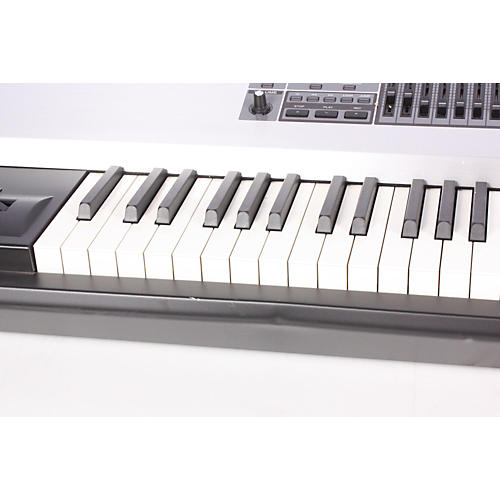 Roland FANTOM-G8 Workstation-thumbnail