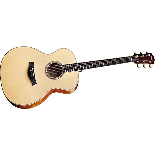 Taylor GA6 Grand Auditorium Maple/Sitka Acoustic Guitar (2010 Model)