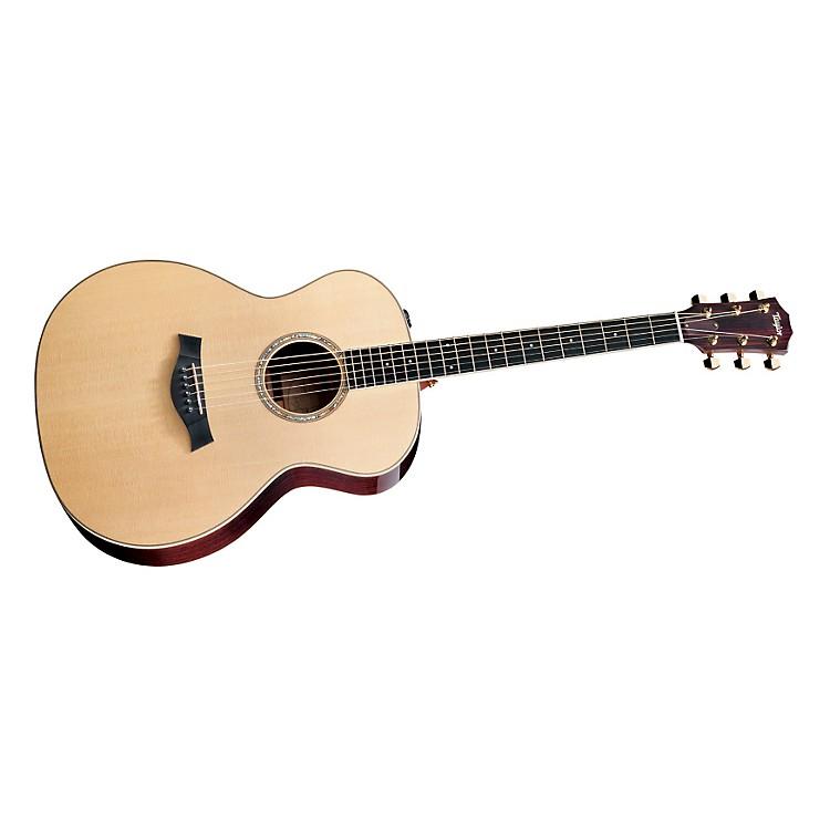 TaylorGA8e Rosewood/Spruce Grand Auditorium Acoustic-Electric Guitar