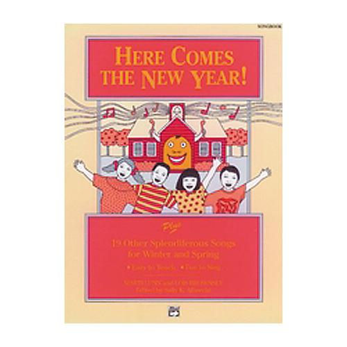 Alfred Here Comes the New Year Lyric/Activity Book