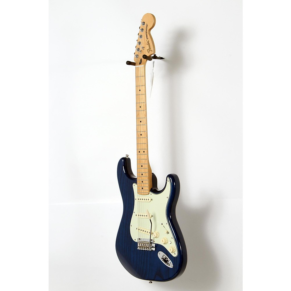 Used Fender Deluxe Stratocaster Maple Fingerboard Transparent Sapphire Blue 190839059239 -  USED005013 0147102327
