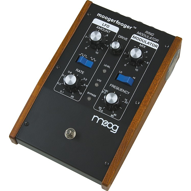 MoogMF-102 Moogerfooger Ring Modulator