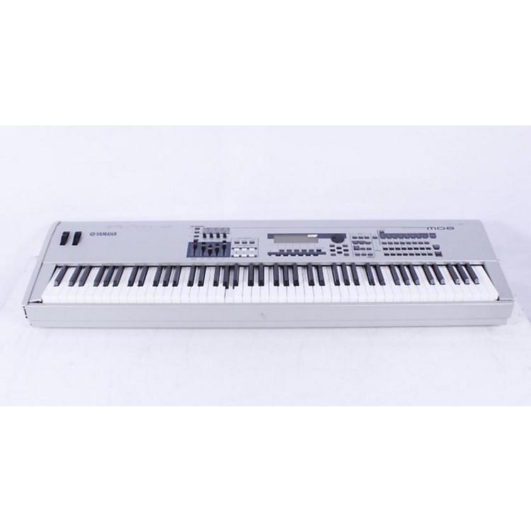 YamahaMO8 88-Key Music Production Synthesizer Workstation with DAW Control