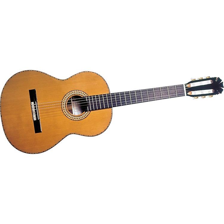 Manuel RodriguezManuel Rodriguez Jr. Cedar Classical Guitar