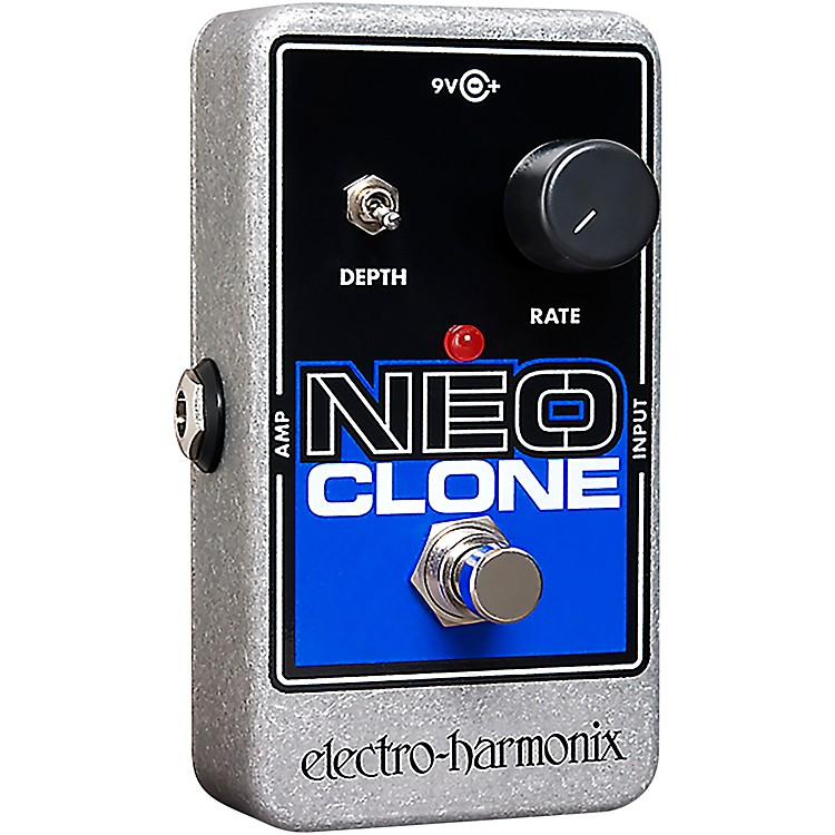 Electro-Harmonix Neo Clone Analog Chorus Guitar Effects Pedal Black/Blue