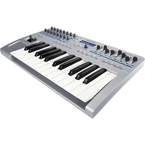 Novation ReMOTE 25 2-Octave MIDI Controller-thumbnail