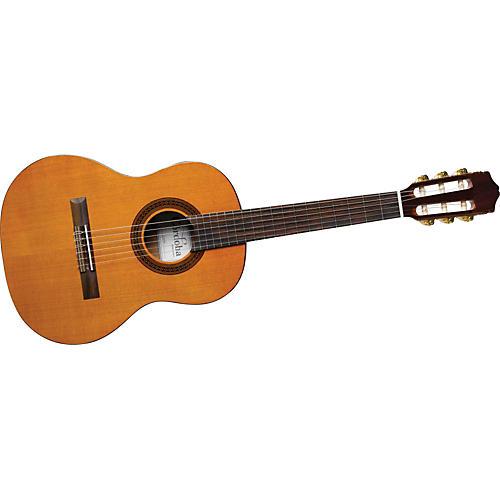 cordoba requinto 520 1 4 size acoustic nylon string classical guitar musician 39 s friend. Black Bedroom Furniture Sets. Home Design Ideas