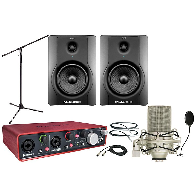 Focusrite Scarlett 2i4 BX5 Package
