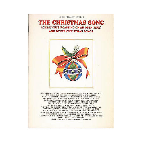 Hal Leonard The Christmas Song and Other Christmas Songs Piano, Vocal, Guitar Songbook