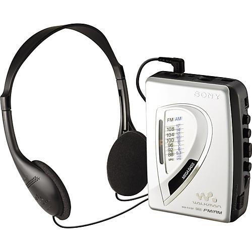 Sony WM-FX197 AM/FM Radio/cassette Walkman Player