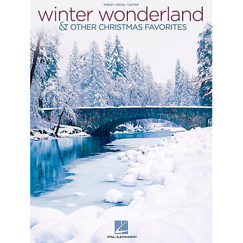 Hal Leonard Winter Wonderland & Other Christmas Favorites Piano/Vocal/Guitar Songbook