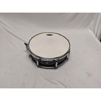 Starcaster by Fender 14X5  SNARE Drum