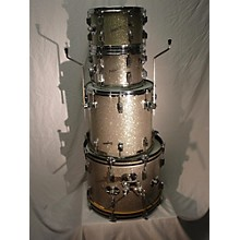 Rodgers 1960s Holiday Drum Kit