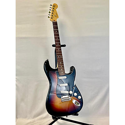 Fender 2007 American Standard Stratocaster Solid Body Electric Guitar