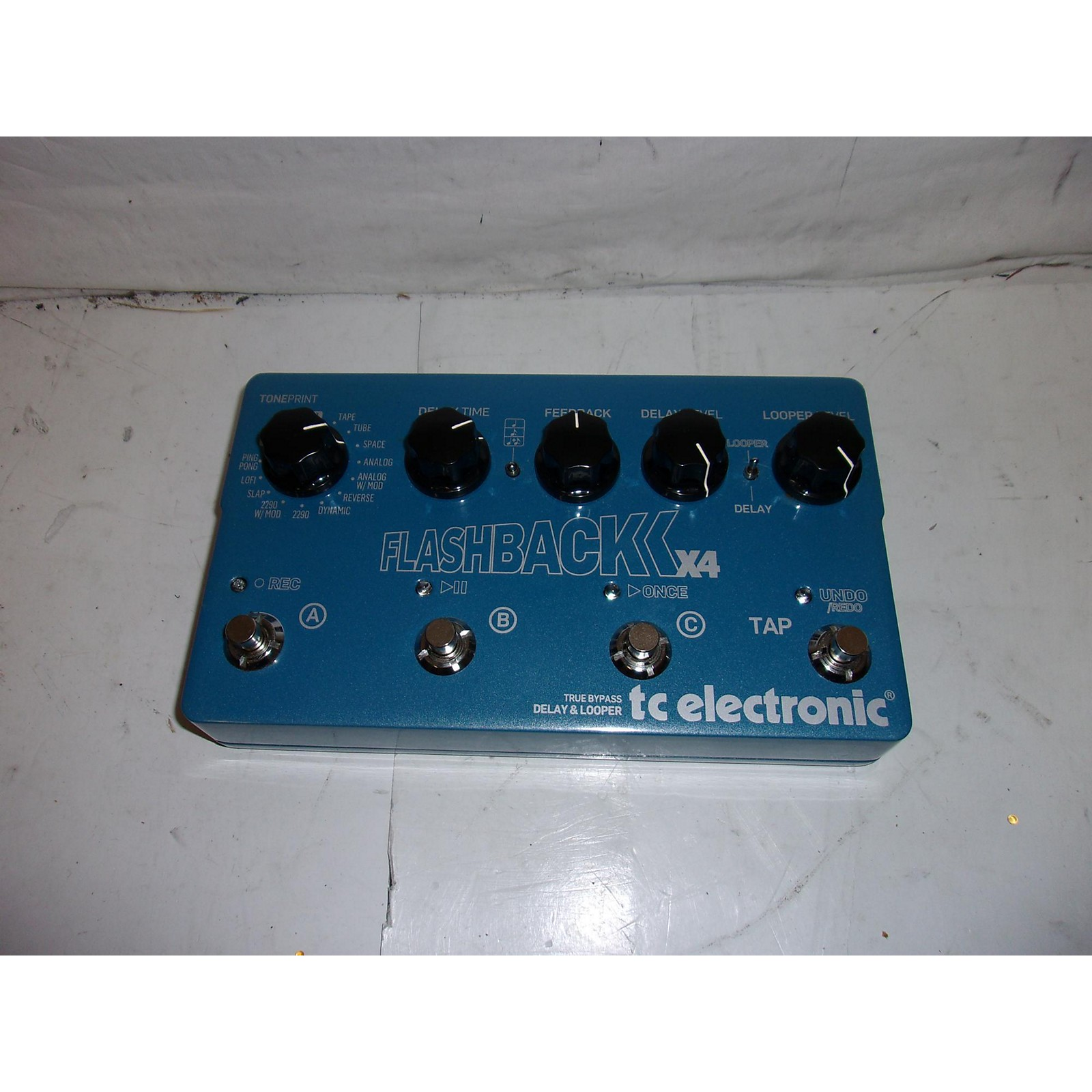 TC Electronic 2010s Flashback X4 Delay And Looper Effect Pedal