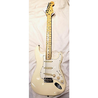 Fender 2016 American Professional Stratocaster SSS Solid Body Electric Guitar