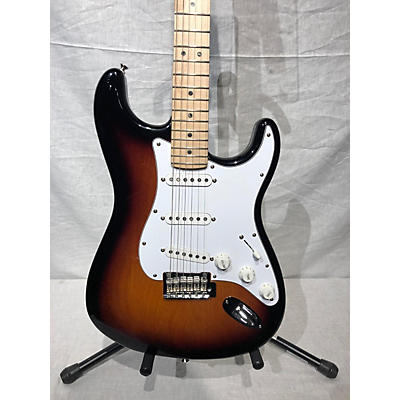 Fender 2019 American Deluxe Stratocaster Solid Body Electric Guitar