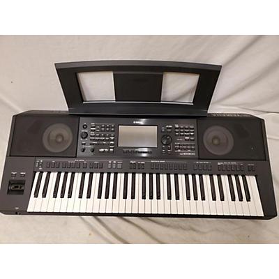 Yamaha 2020 PSRSX900 61 Key Arranger Keyboard
