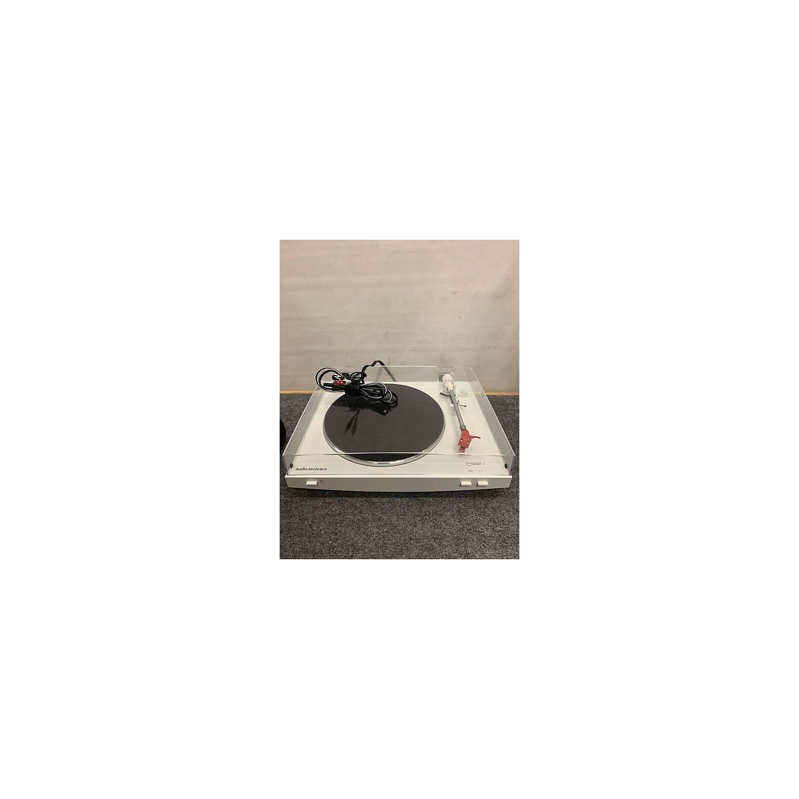 Audio-Technica ATLP3 Record Player