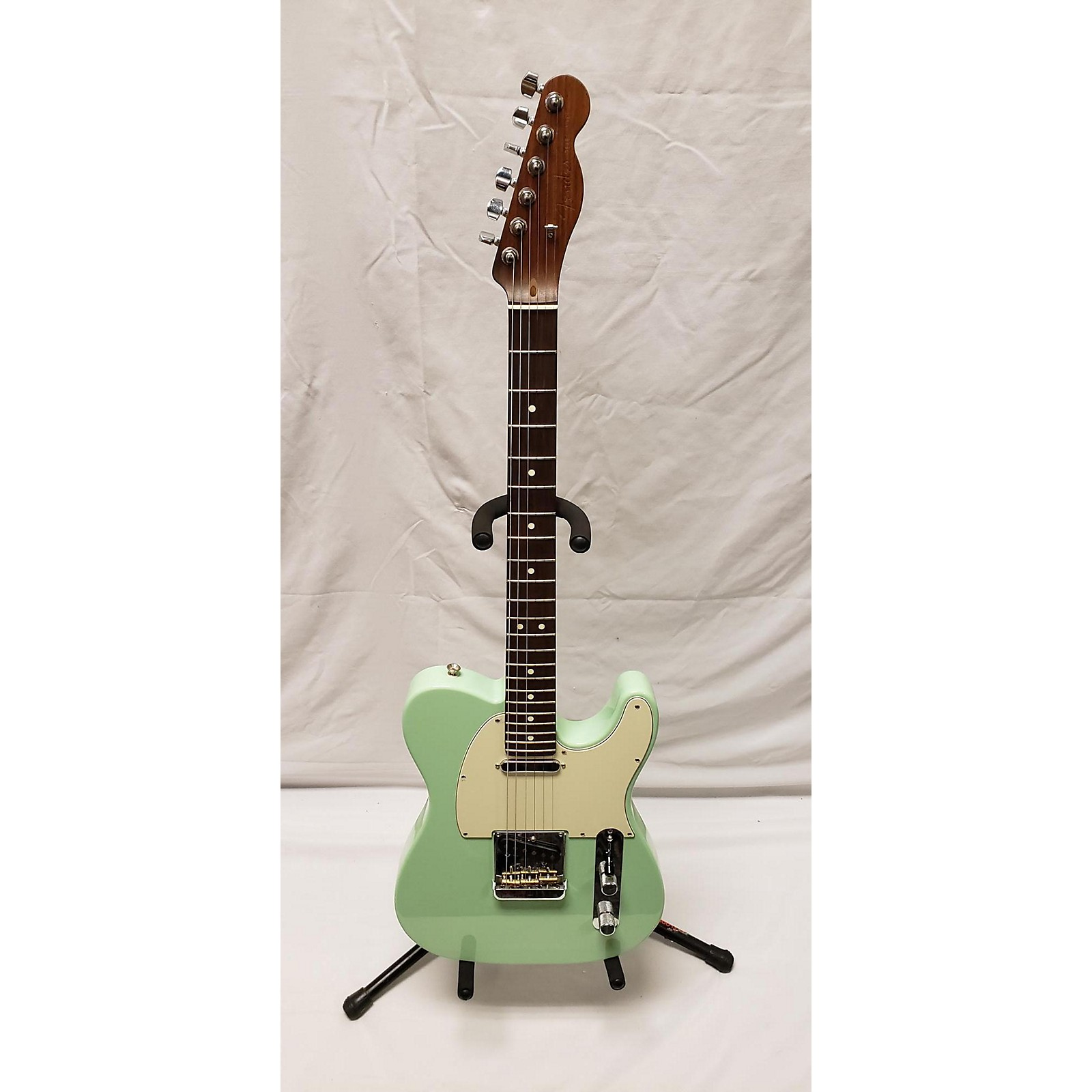 Fender American Professional Telecaster With Rosewood Neck Solid Body Electric Guitar