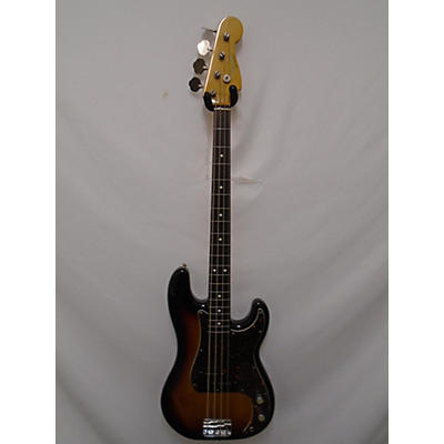 Fender American Vintage 1962 Precision Bass...