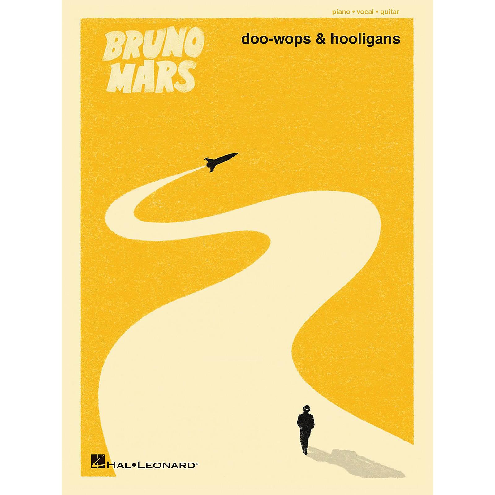 Hal Leonard Bruno Mars - Doo-Wops And Hooligans PVG Songbook