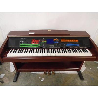 Yamaha CVP303 CLAVINOVA Digital Piano