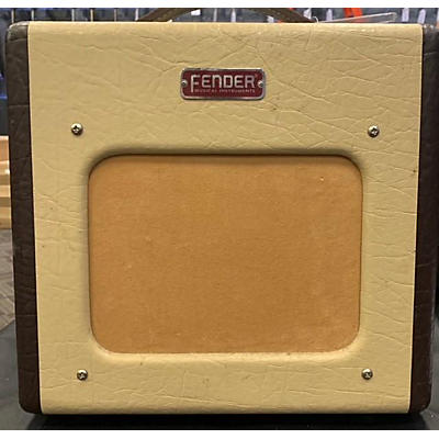 Starcaster by Fender Champion 600 Tube Guitar Combo Amp