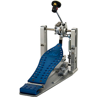 DW Colorboard Machined Chain Drive Single Bass Drum Pedal with Blue Footboard