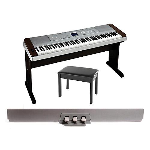 Yamaha DGX-640 88-Key Digital PianoWalnut with BB1 Padded Bench & LP-7 Pedal Unit