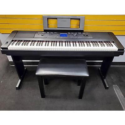 Yamaha DGX660B Portable Keyboard