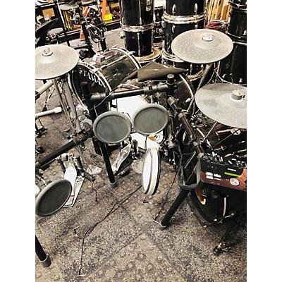 Yamaha DTX502 Electric Drum Set