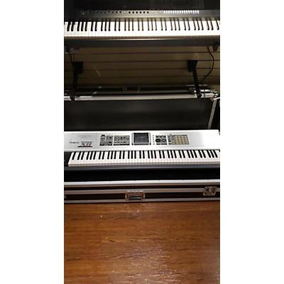 Roland FANTOM X8 Stage Piano