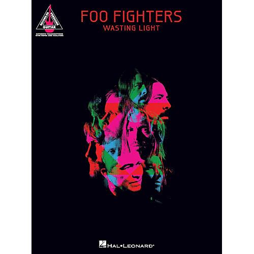 Hal Leonard Foo Fighters Wasting Light Songbook