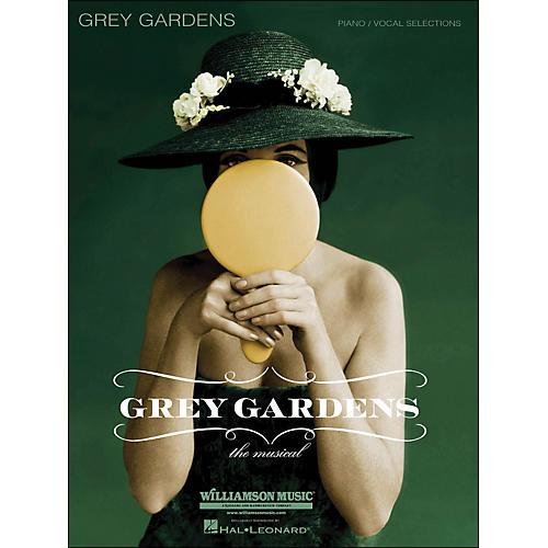 Hal Leonard Grey Gardens - The Musical arranged for piano, vocal, and guitar (P/V/G)