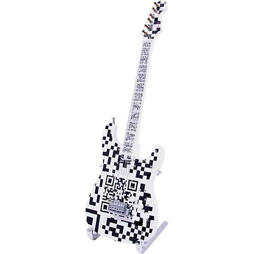 Fender GuitarMania QR Coda Figurine
